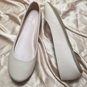 Mix No. 6 Cream Ballet Flats